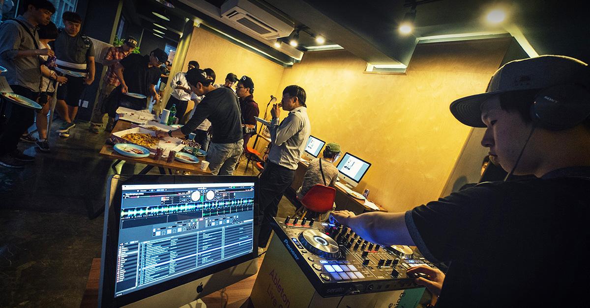EV_DJ